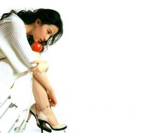 把樱桃一颗一颗挤出来 爱装睡的女人 txt