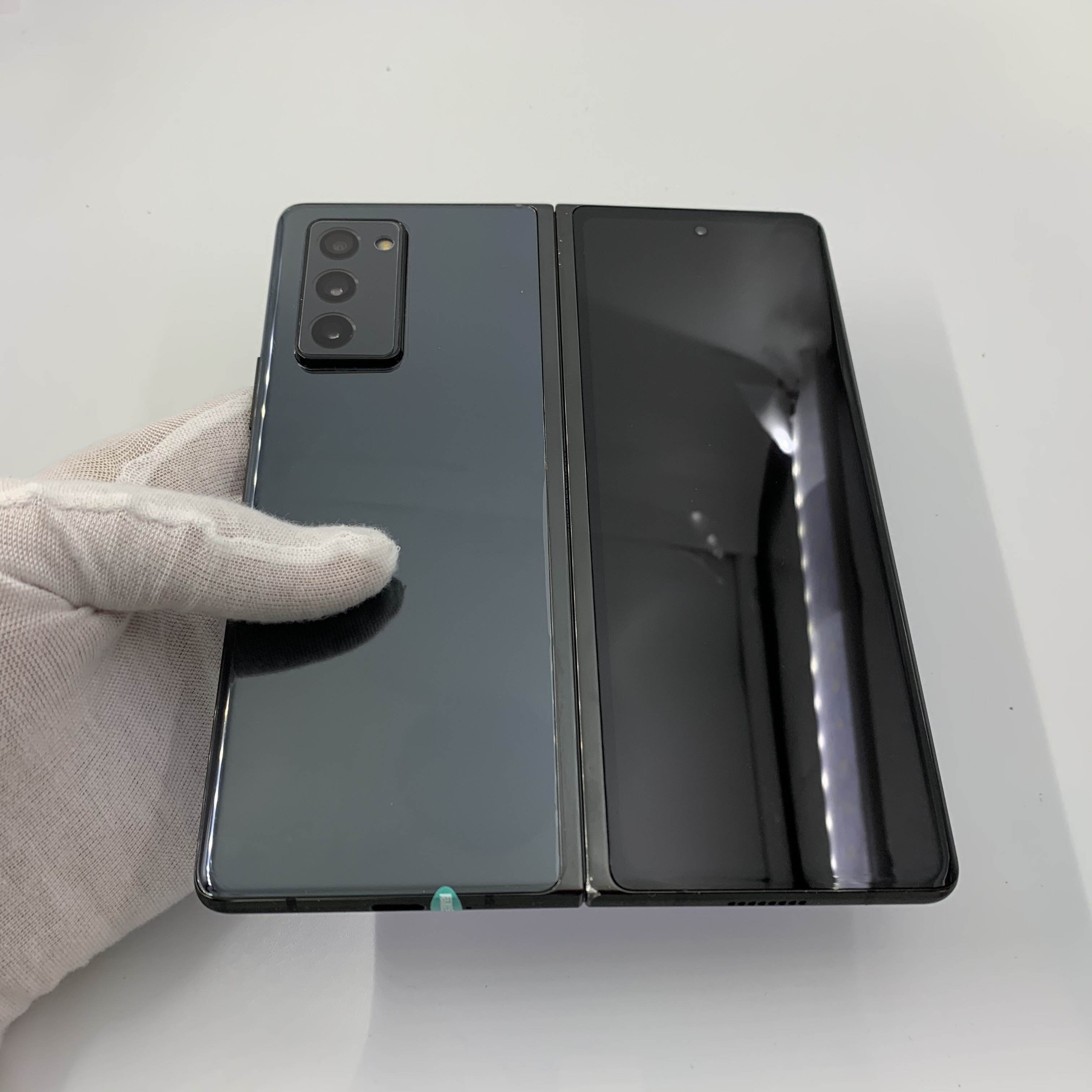 三星【Galaxy Z Fold2 5G】5G全网通 松烟墨 12G/512G 国行 9成新