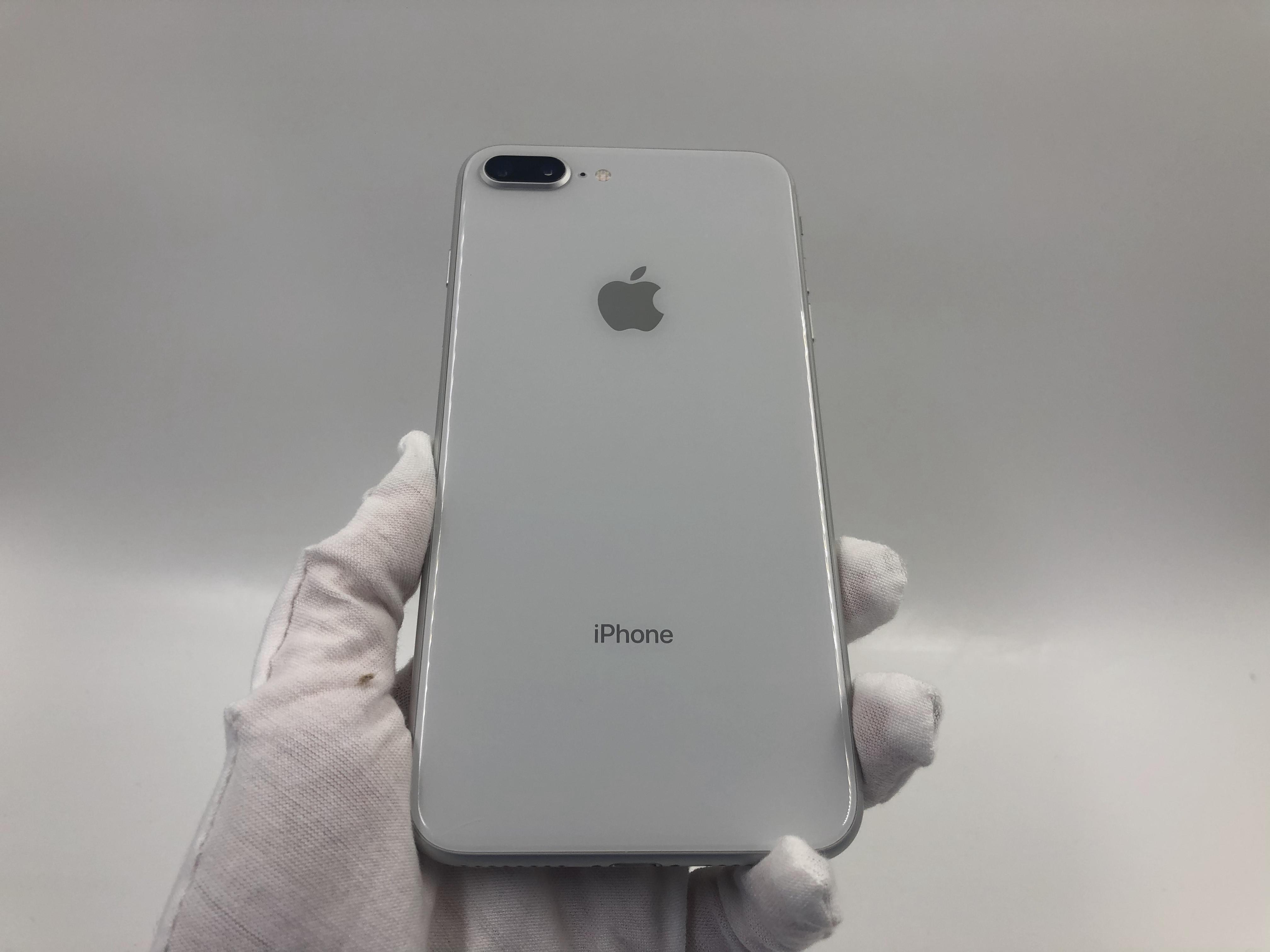 苹果【iPhone 8 Plus】4G全网通 银色 64G 国行 95新 真机实拍
