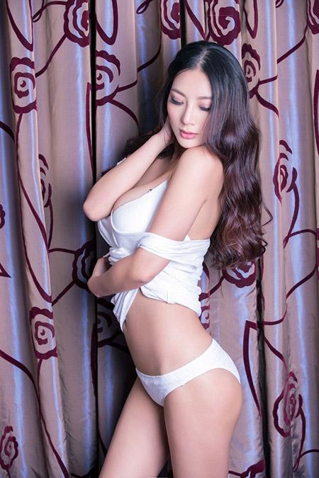 唯美经典桌面(六十七)美女王李丹尼.jpg